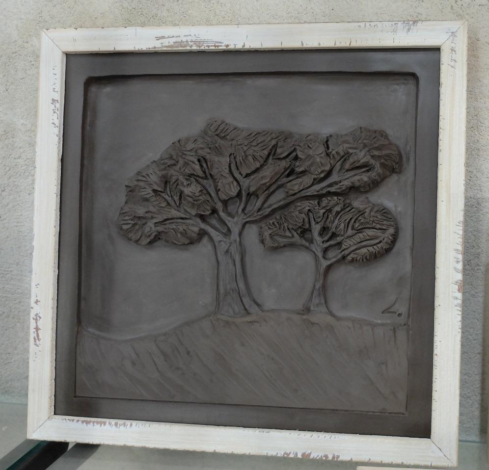 bas reliefs pins paasols